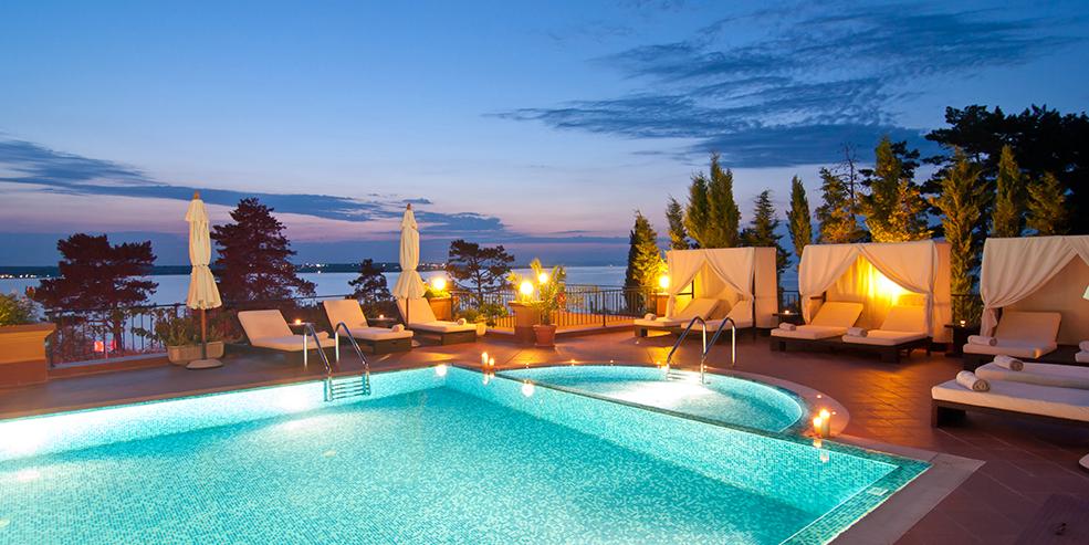 «Paradise hotel»-deltakere i Sverige forteller om overgrep